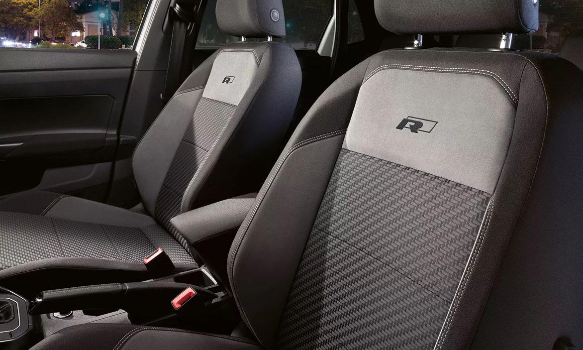 POR4247 polo r line interior and seats 16 9 f cc Polo