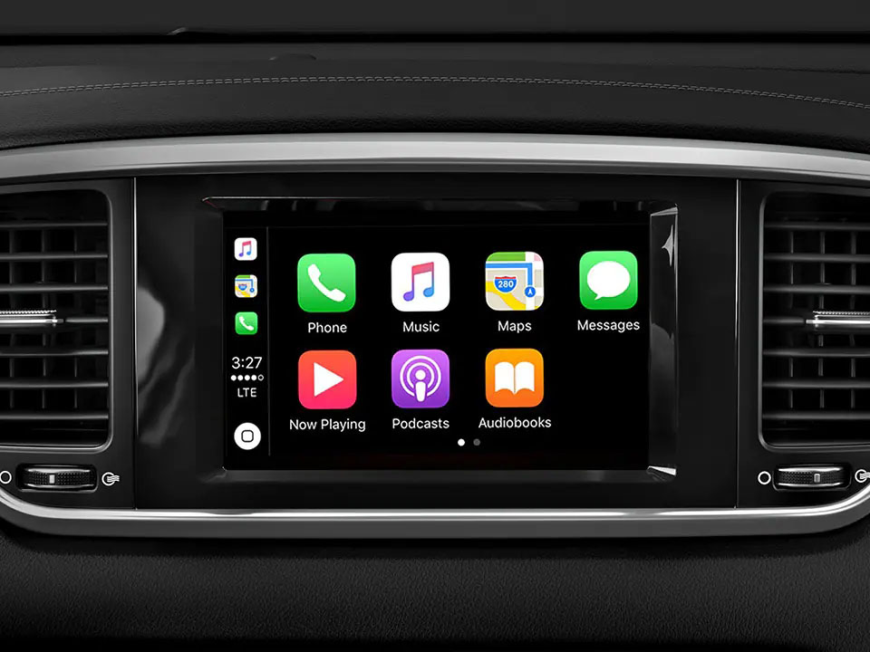 8 Infotainment with Apple CarPlay and Android Auto Sportage