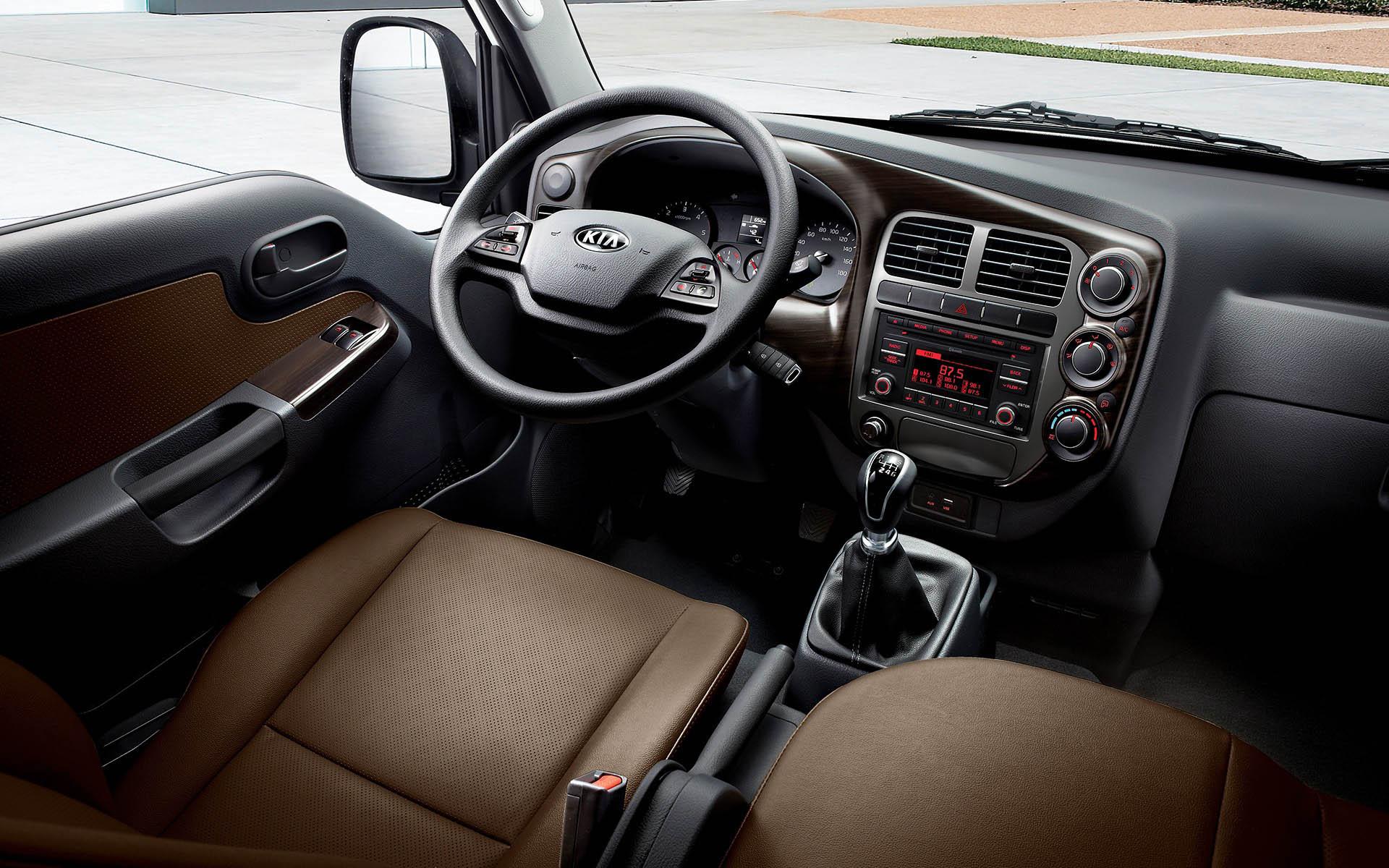 kia k2700 rhd interior 01 w K2700
