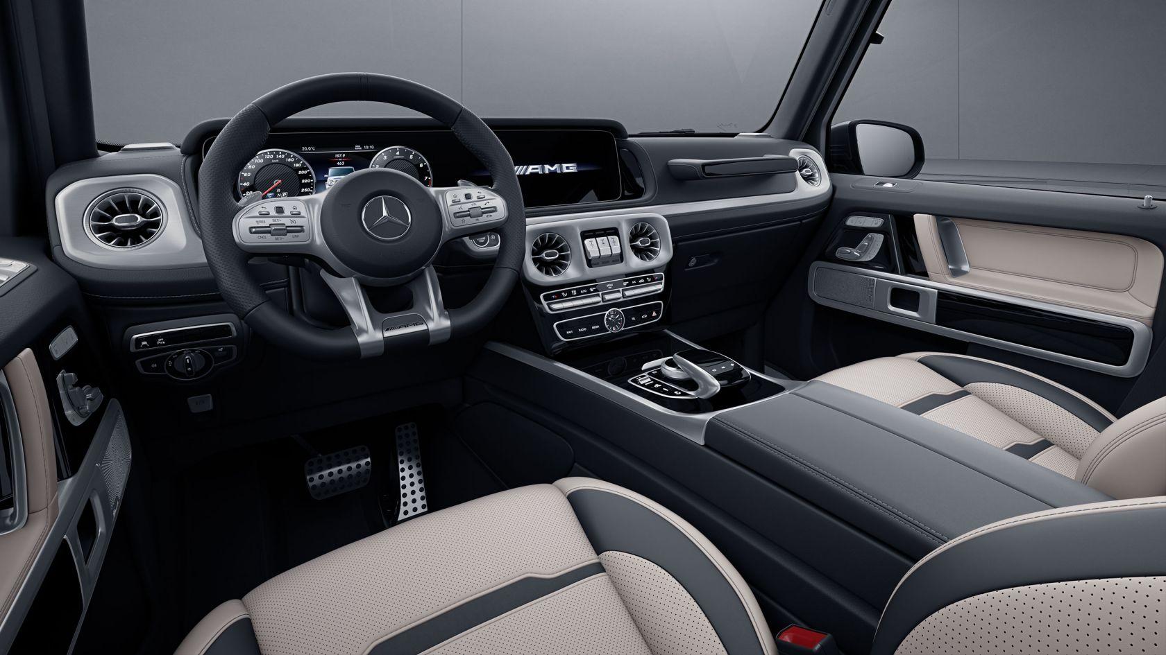 widescreen cockpit G-Class